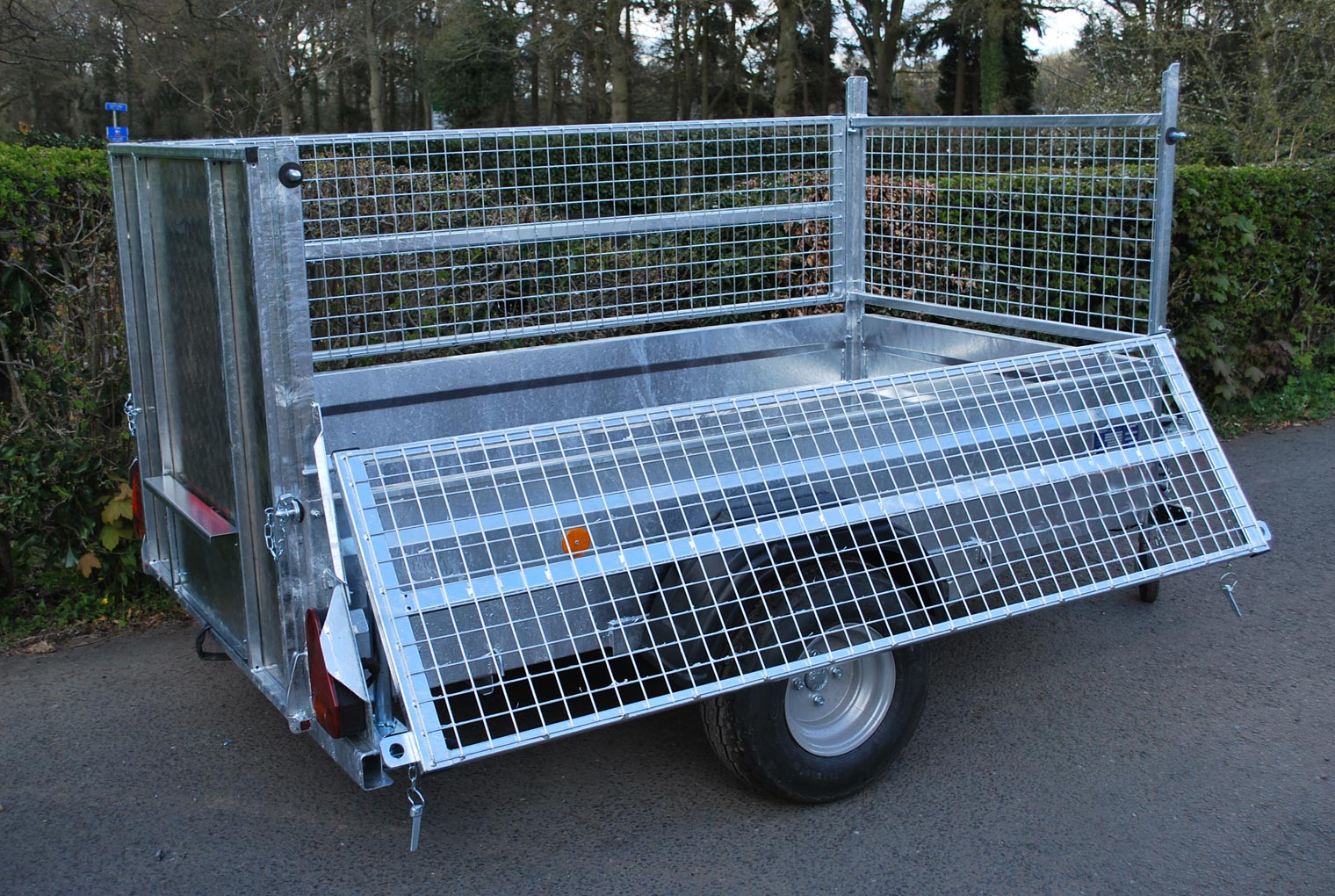 Mesh Side Gates Relo Trailer Accessory